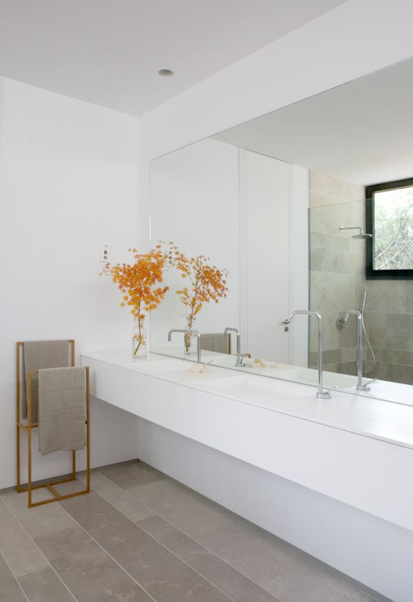 Oficina de baton arquitectura despiertaymira ba os for Muebles de oficina lujosos