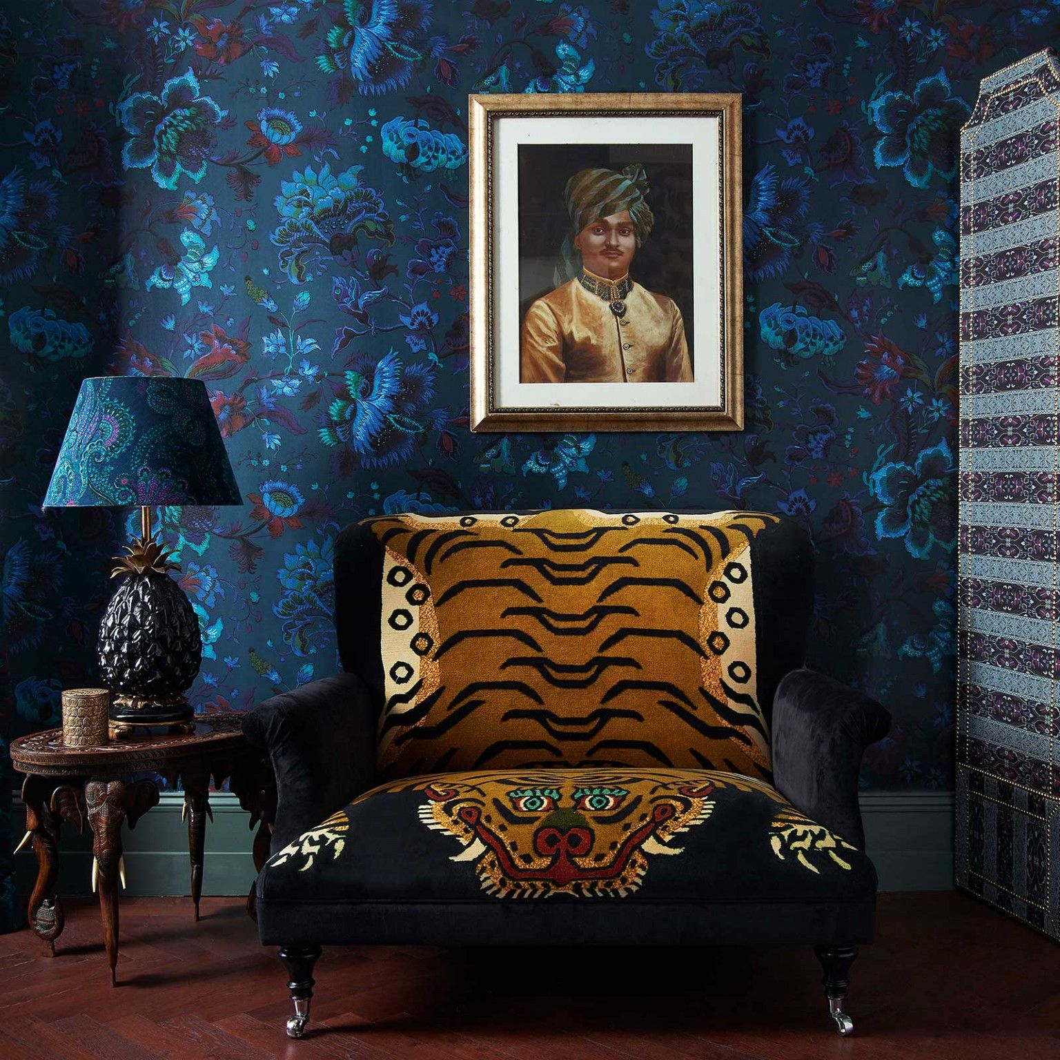 16 Stunning French Style Living Room Ideas: MAJORELLE Wallpaper - Petrol