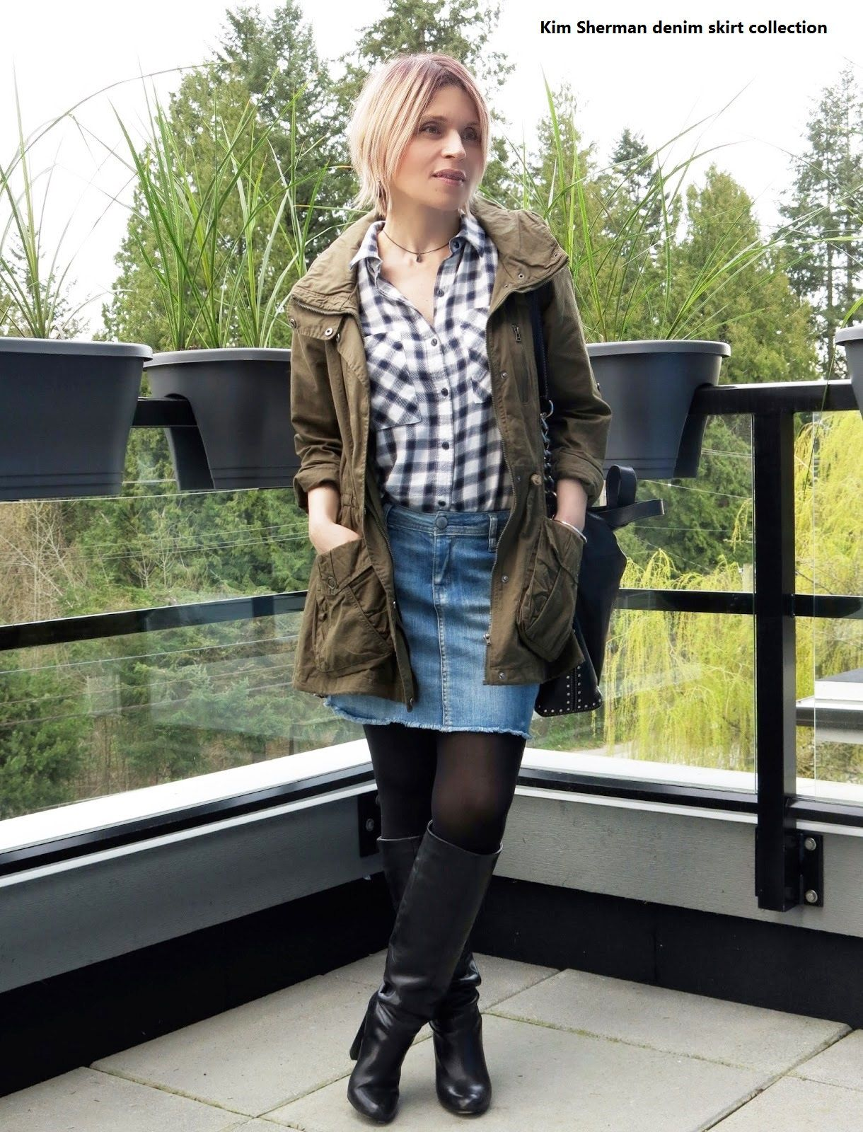 to wear - Mini denim skirt and boots video