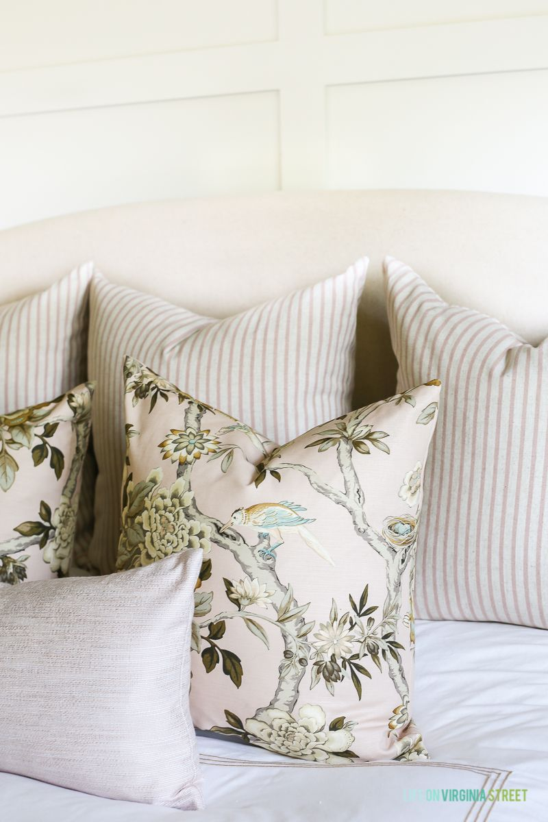 Diy throw pillow cover tutorial u blush tones in the bedroom