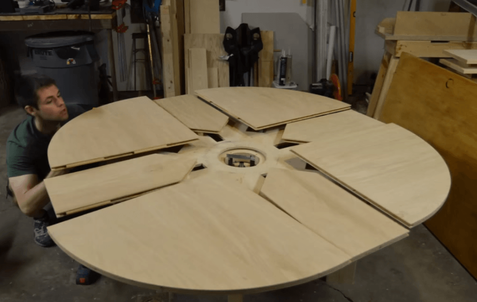 Build Your Own Expanding Table With This Downloadable Blueprint