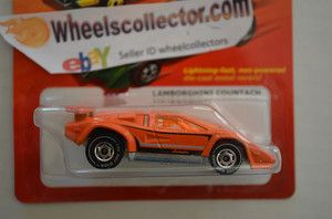 lamborghini countach chase white line hot ones 2011 hot wheels rare find wheels. Black Bedroom Furniture Sets. Home Design Ideas