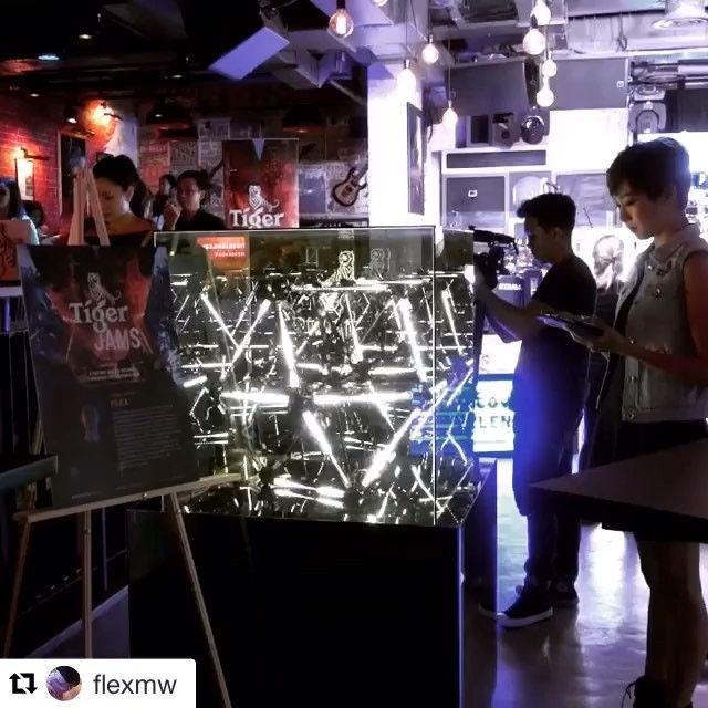 #Repost @flexmw ・・・ .installation complete!!! #tigerjams #interactive #led #installation #visuals #artist #madmapper #madlight #leapmotion #fxperiment #uncagemusic