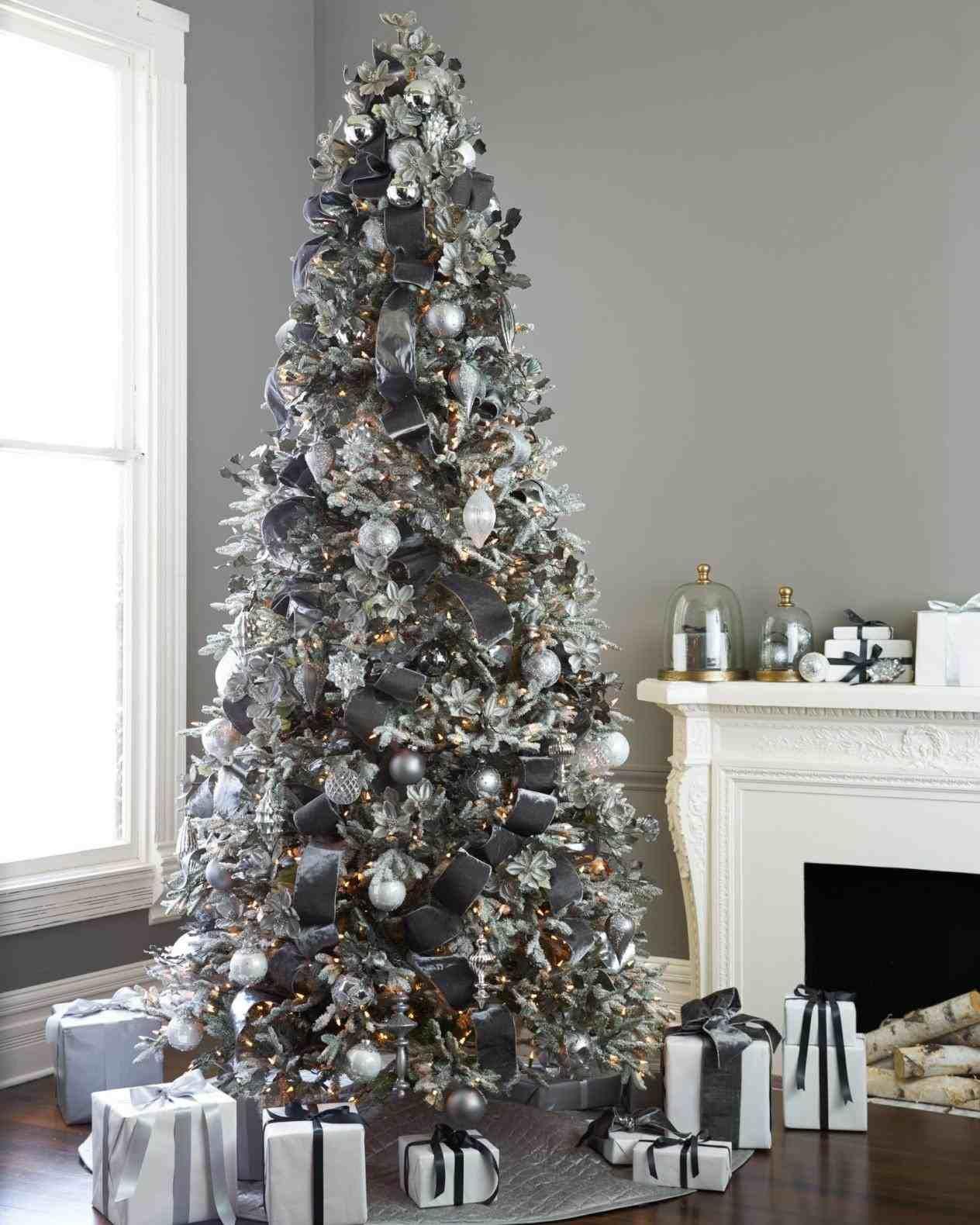 purple christmas tree decorations