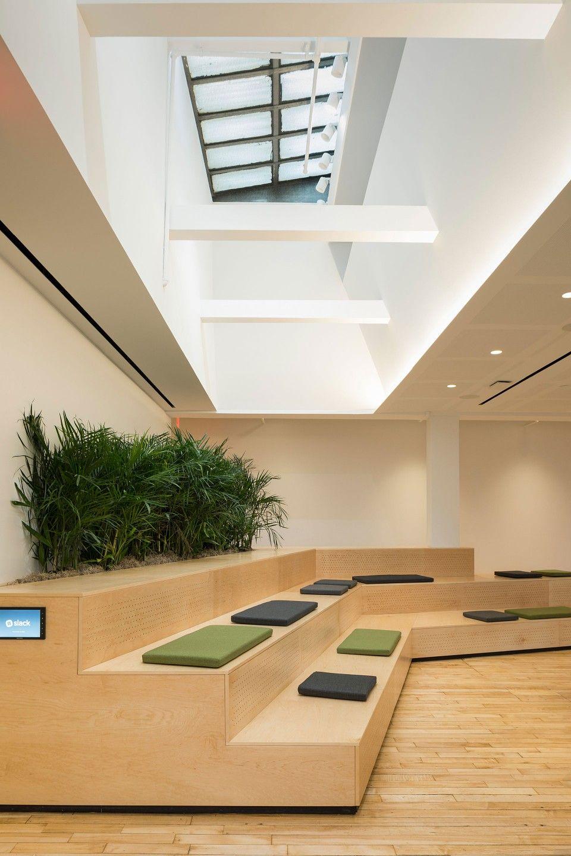 Estudios oficinas archivos interiores minimalistas for Ambientes minimalistas interiores