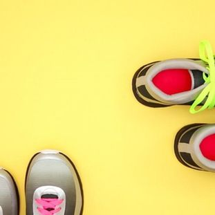 Get back on the road with three new ways to lace up those sneaks. Bad arches - we've got you. Loose heal - no problem. Toe problems - yeah, girl! Make simple changes while lacing to help recover fromthese common running aches and pains.