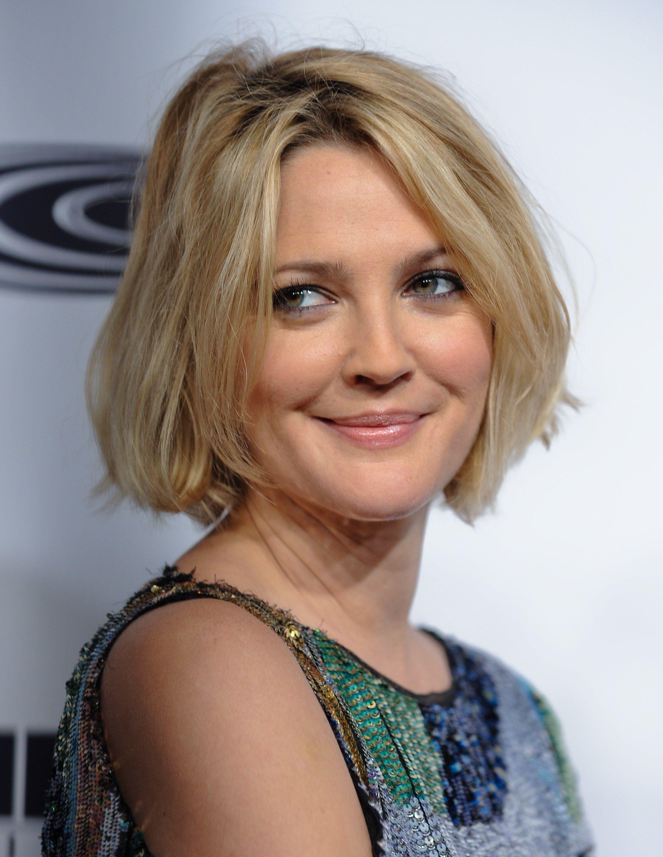Beautiful Smile Drew Barrymore Wallpapers Jpg 2320 3000 Drew Barrymore Hair Drew Barrymore Short Hair Styles