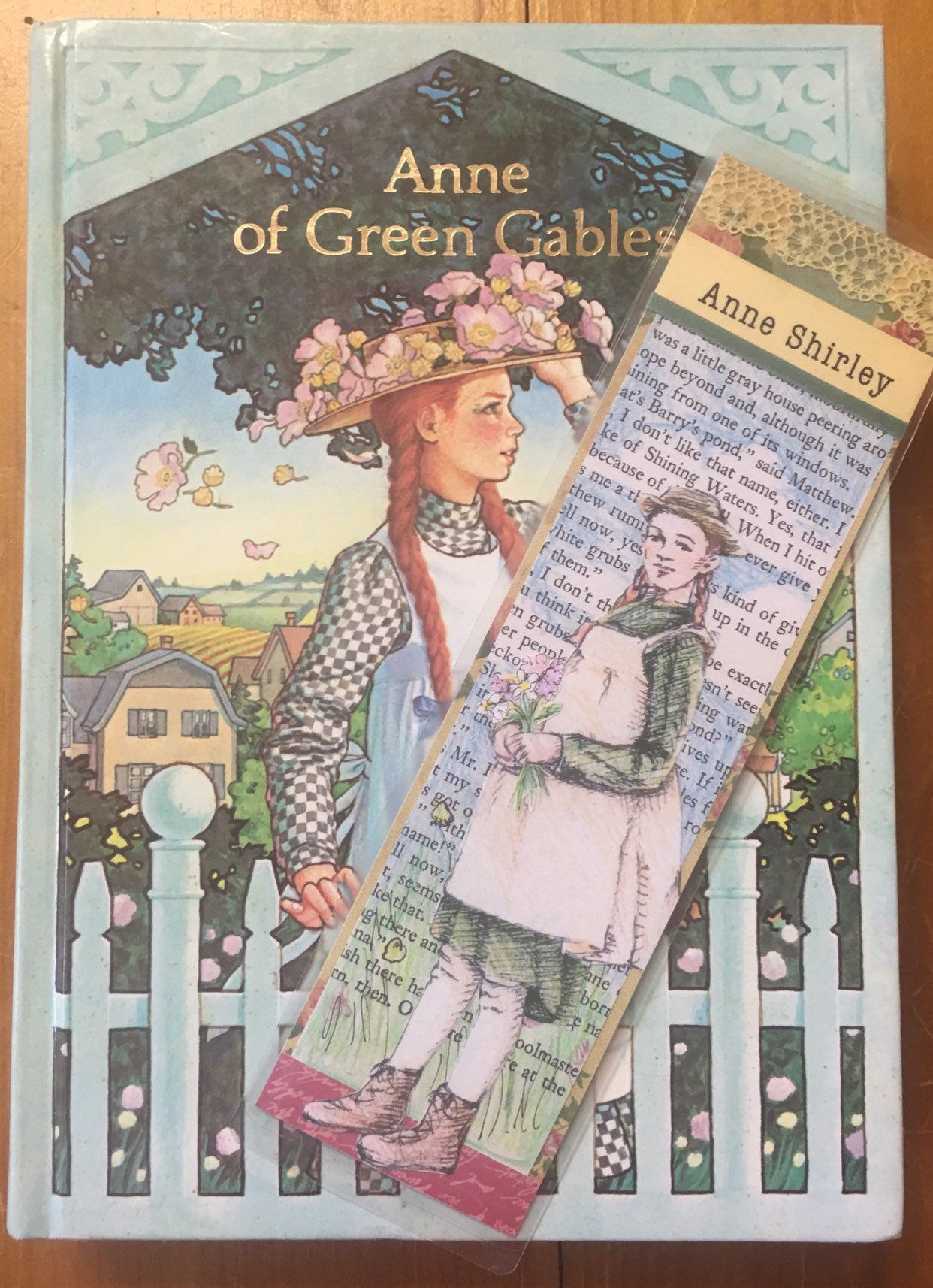 Book And Handmade Bookmark Set Anne Of Green Gables Lucy Maud