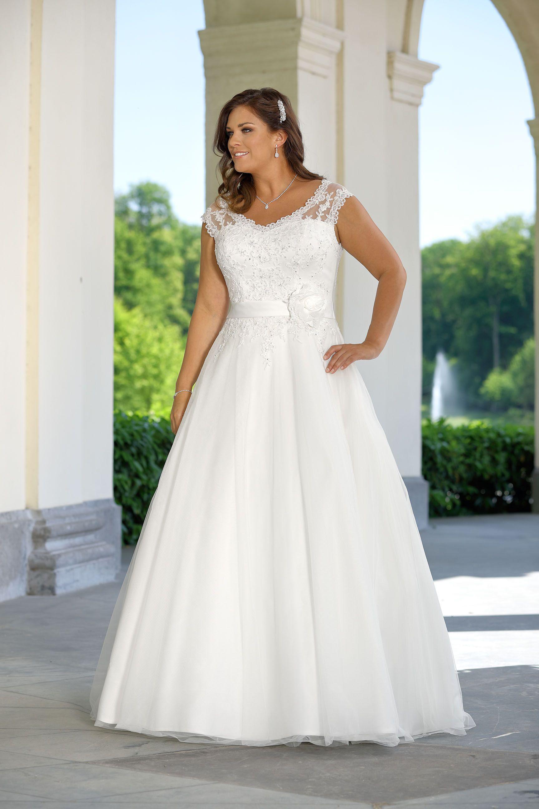 Brautkleider Xxl Hochzeitskleider Xxl By Ladybird Brautmoden