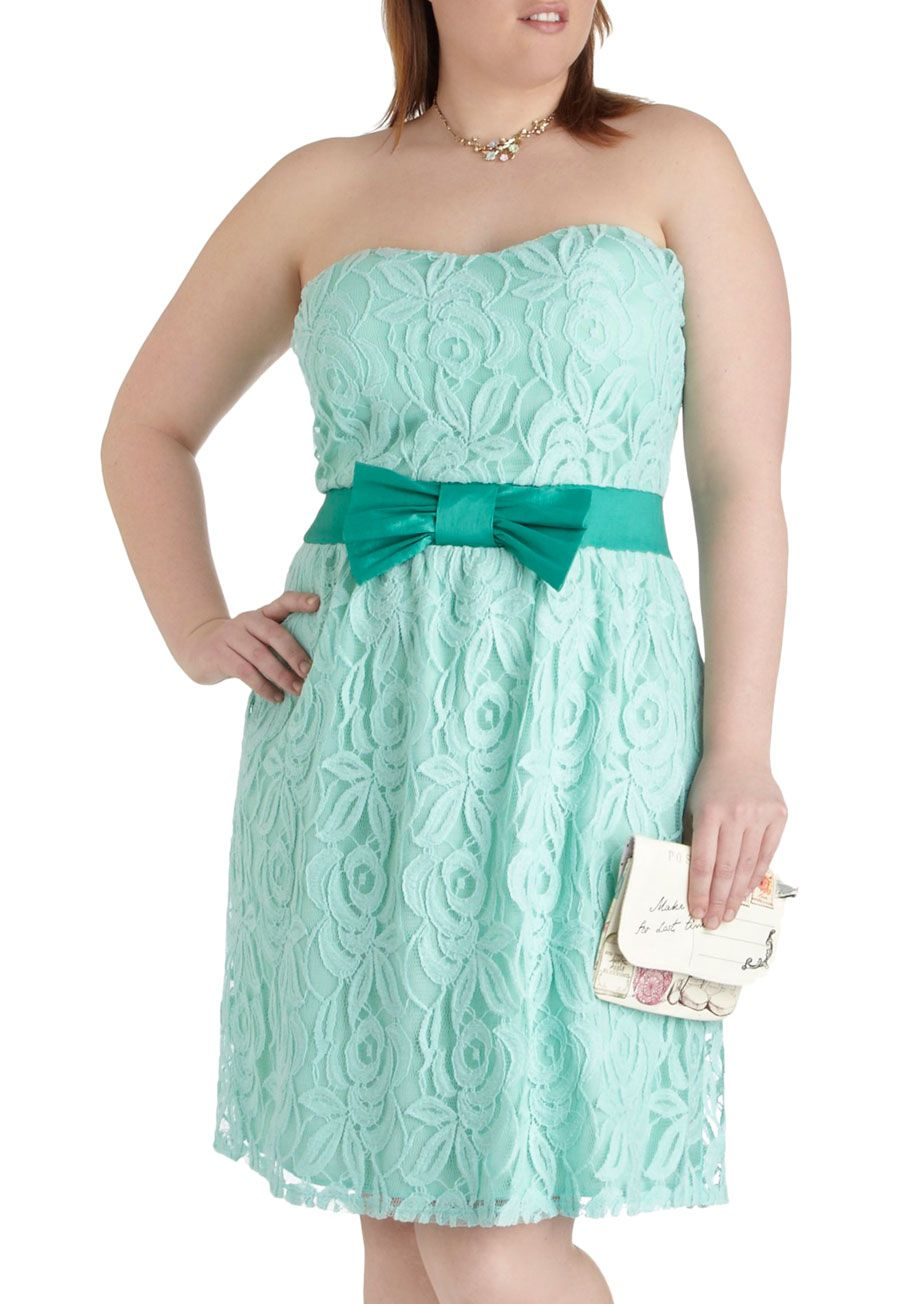poise for the camera dress in plus size - mint, lace, prom