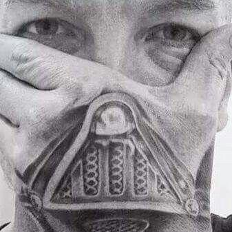Hand tattoo with a Darth Vader mask  #williamtaschinitattooartist #sunskin #starwars #darthvader #besthandtattoo handtattoo