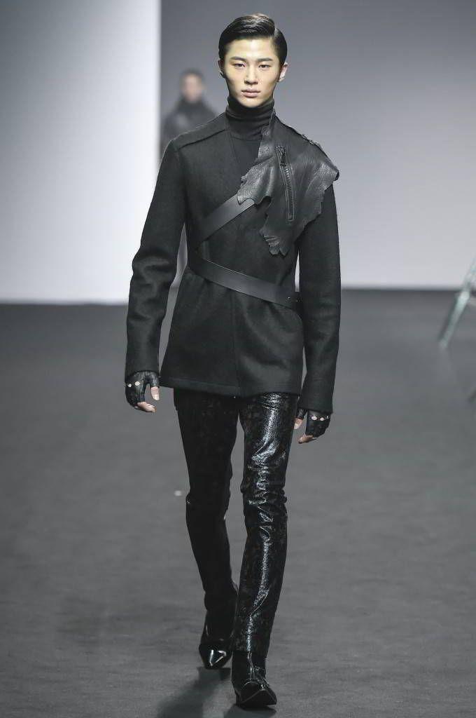 RESURRECTION Fall/Winter 2016/2017 - Seoul Fashion Week