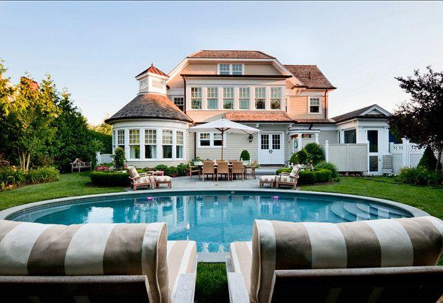Pool Design Ideas Circular Pool Design Pooldesign Poolshapes Circularpool New England Homes House And Home Magazine Design
