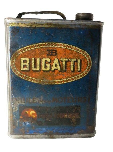 exceptionnel bidon d 39 huile bugatti de 1930 de contenance 2 litres bidon maill au logo de la. Black Bedroom Furniture Sets. Home Design Ideas