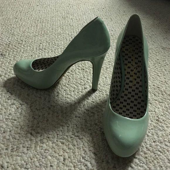 Mint green heels Mint green, medium height heel. Never worn! Jessica Simpson Shoes Heels