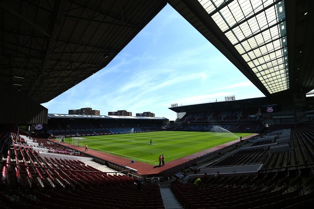 ICYMI: There are new dates or times for Swansea, Southampton and Liverpool. http://wes.hm/DecFixtures0810  #WHUFC #COYI