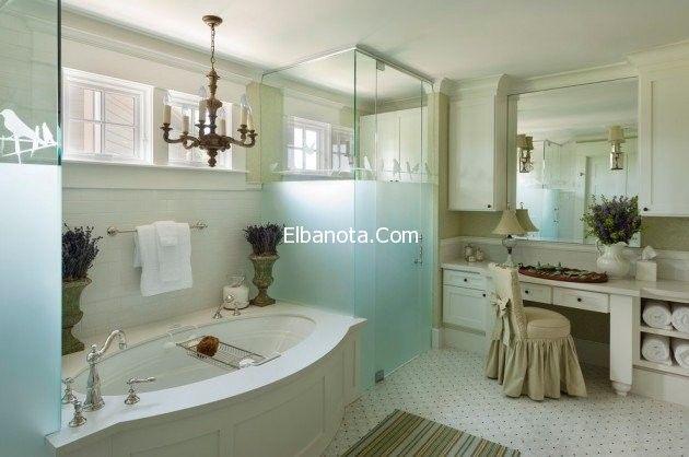 حمامات مودرن صغيرة ديكورات حمامات بسيطة حمامات مودرن مساحات صغيرة احلى ديكورات Bathroom Farmhouse Style Farm Style Bathrooms Traditional Bathroom Remodel