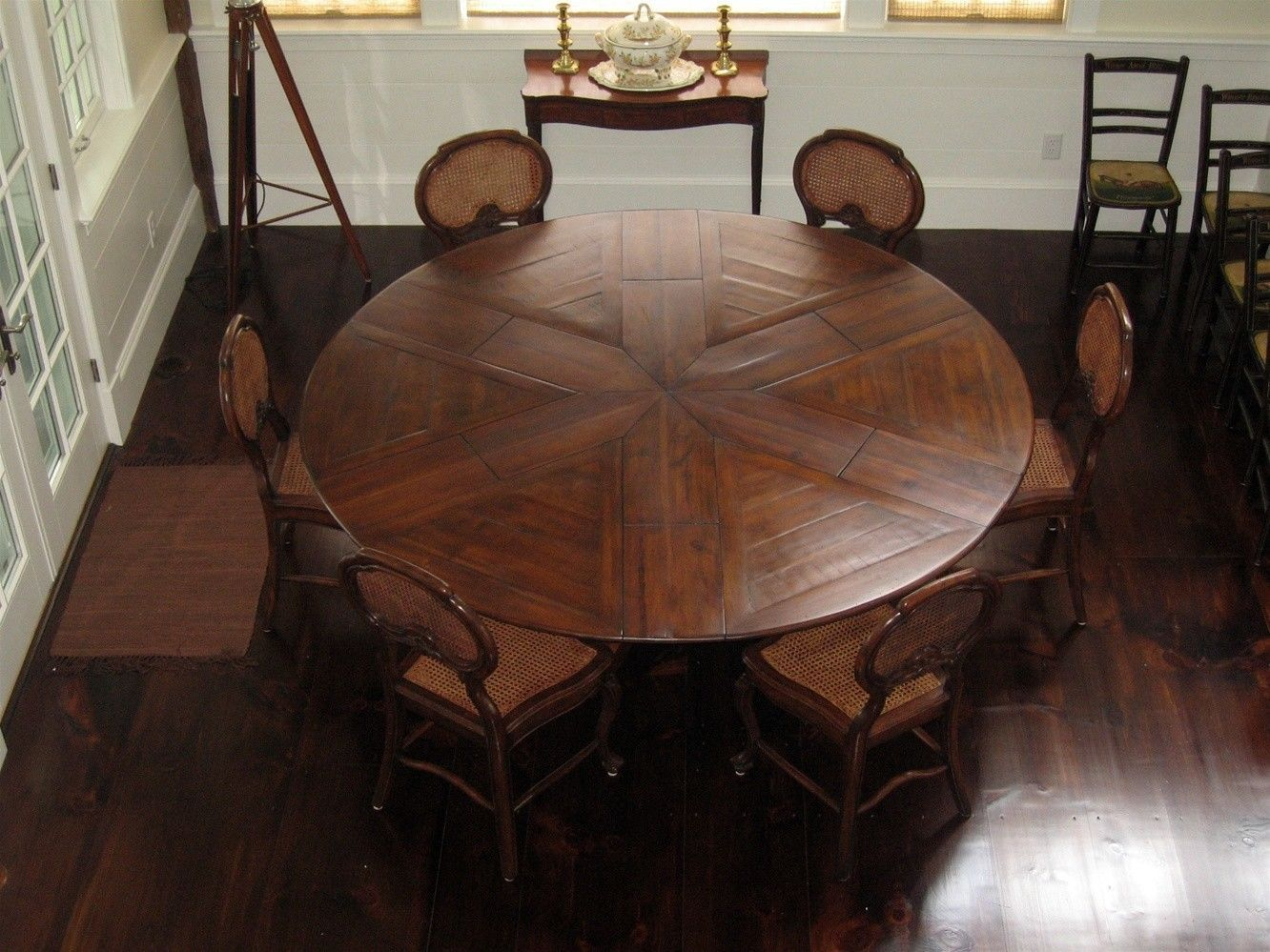 Great Antique Wooden Dining Table | ... Wood Leaf Round Expandable Dining Table  Along With