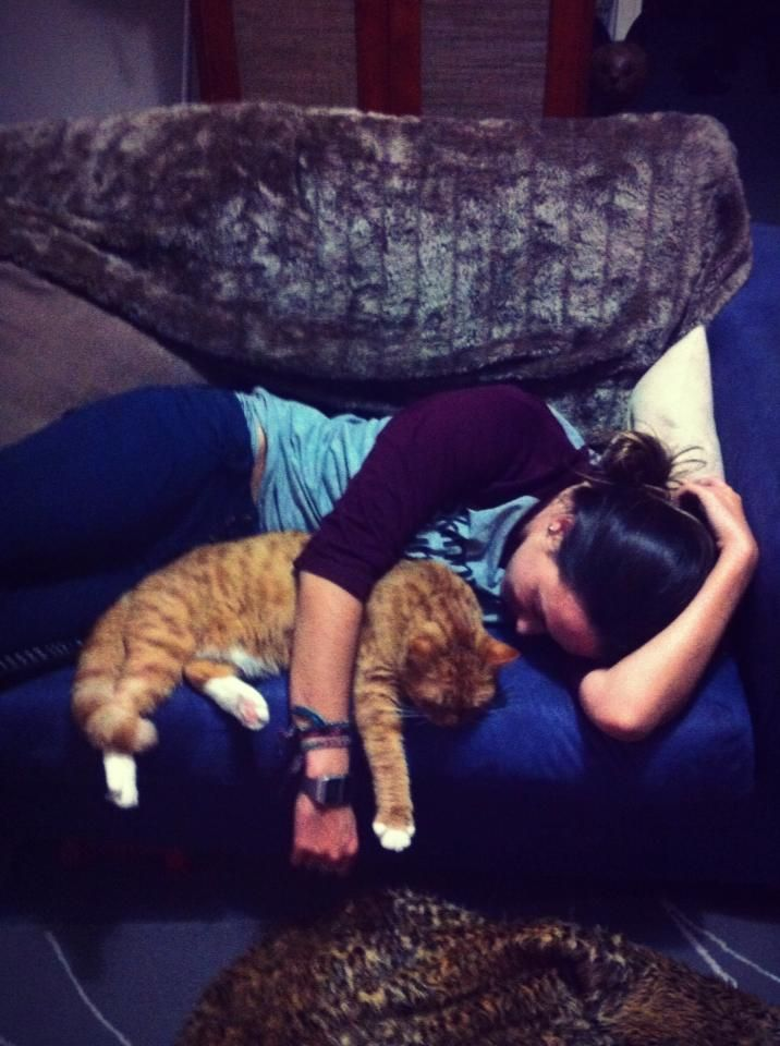 Elise X the cat X S   SBLA // Skinny Brunette Lifestyle Association
