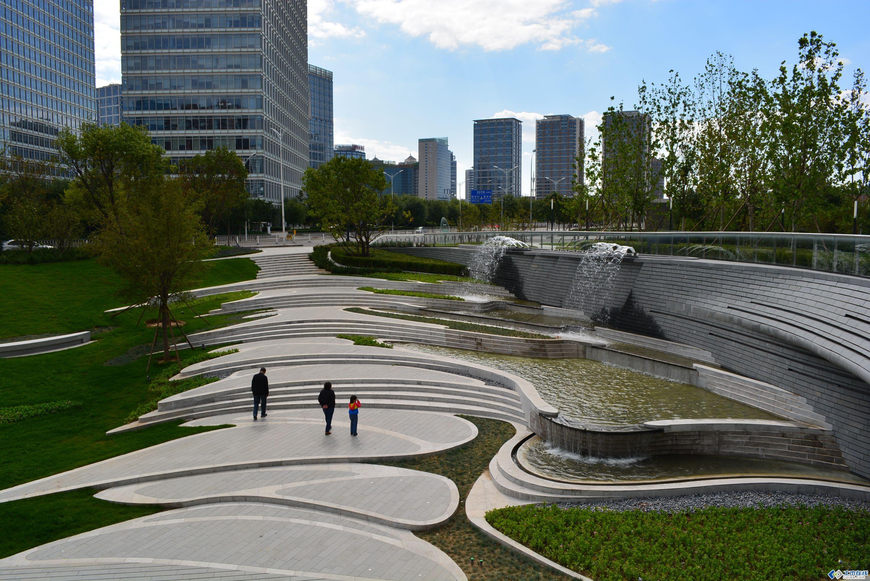 北京望京soho景观现场照片 土木在线论坛 Landscape Stairs Modern Landscape Design Landscape Design Plans