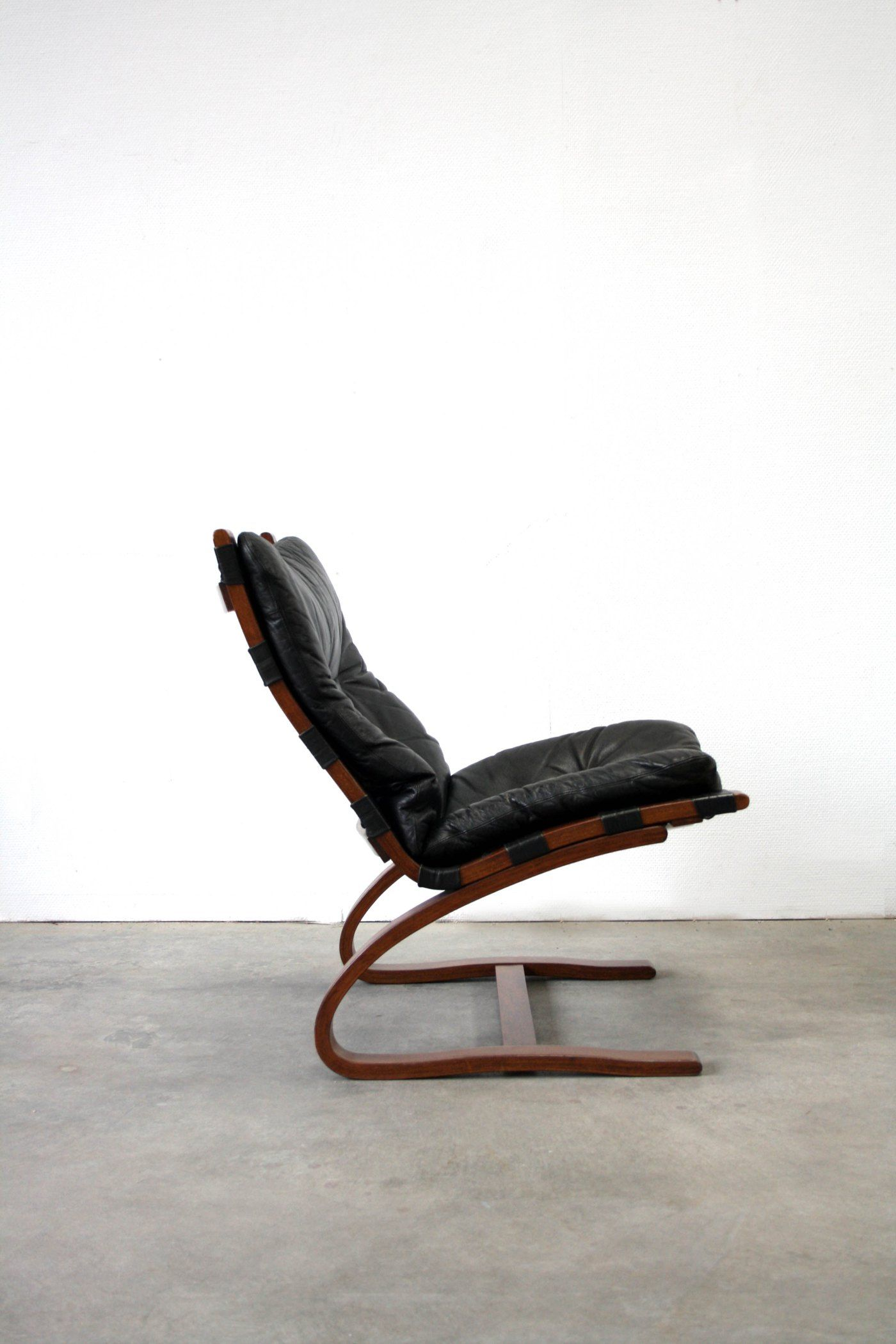 Wooden easy chair designs - Ingmar Relling Bent Laminated Wood And Leather Easy Chair For Westnofa C1965