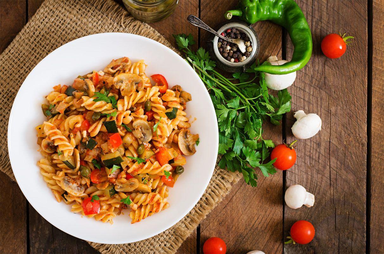 Italienisches Pfannengemuse Mit Nudeln Pastaglueck De Rezept Vegetarische Nudelgerichte Rezepte Nudelgerichte