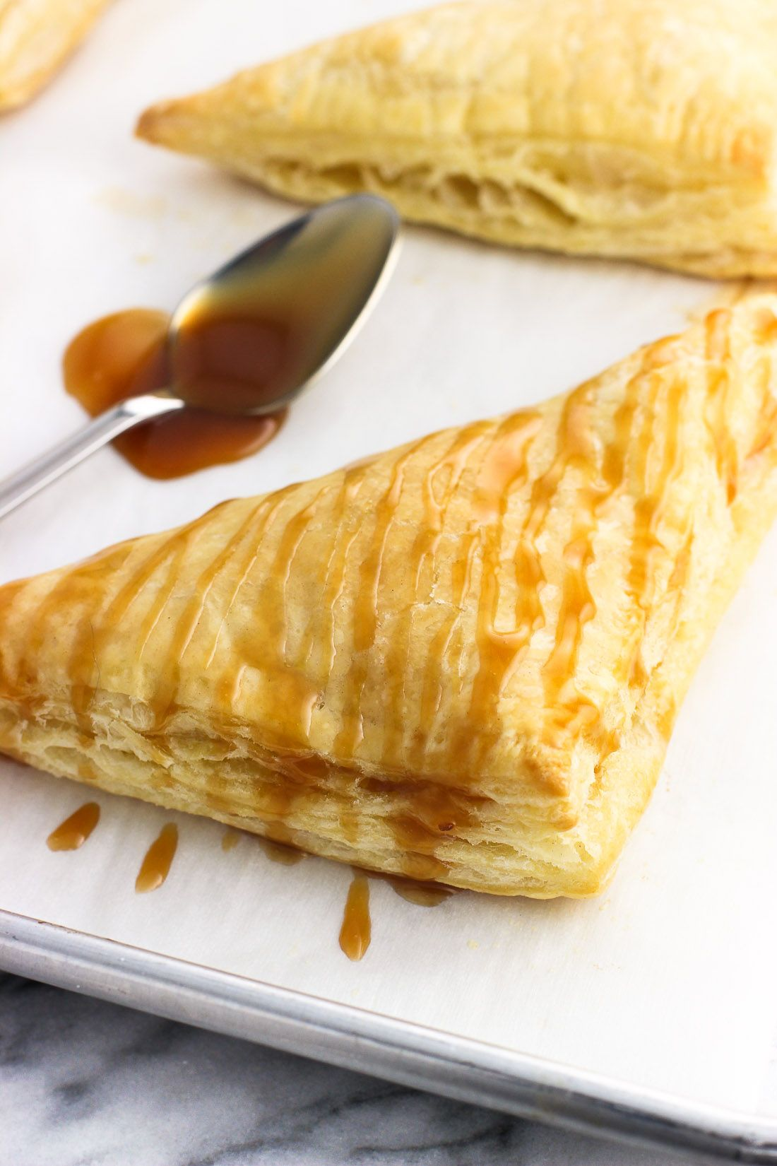 Patties made of puff pastry - fast, delicious, exquisite