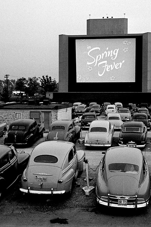 Vintage Drive In Movie Screen Cinema Outdoor Theater Cars Concession Stand Photo Aesthetic Vintage Drive In Theater Black And White Aesthetic