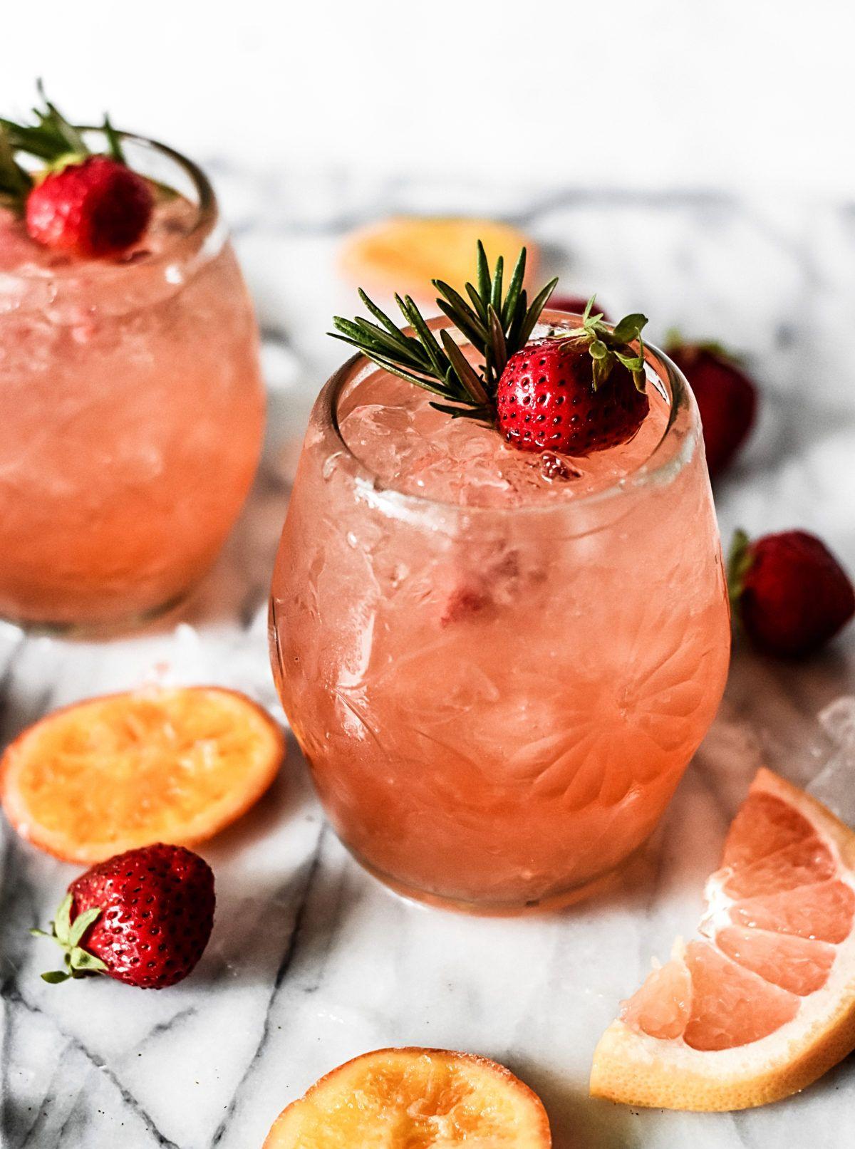 Rosé-Grapefruit-Sangria