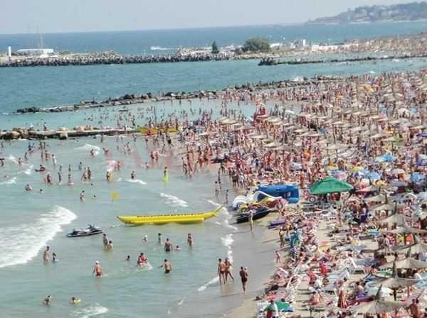 La sfarsitul sezonului estival 2015, numarul turistilor care au ales ca destinatie de vacanta litoralul romanesc, a crescut cu circa 18-20%, mai ales in statiunile Mamaia, Eforie si Venus.