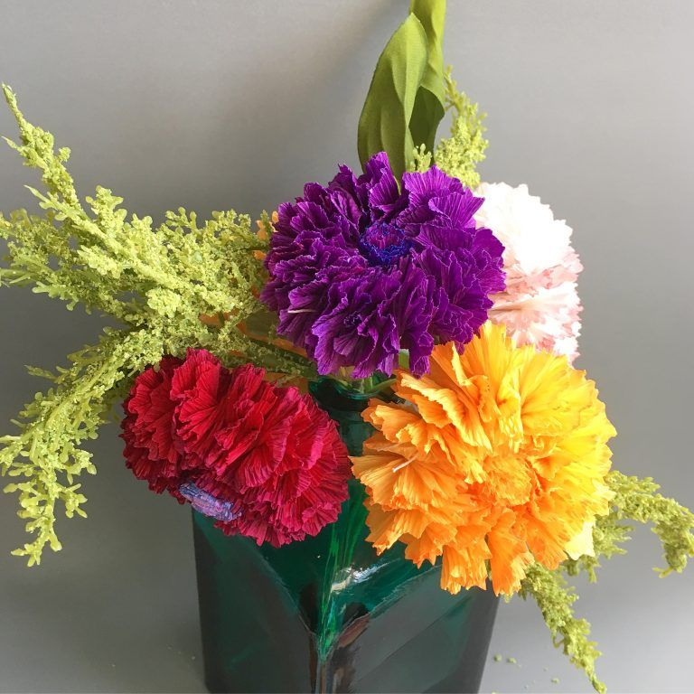 How To Make Paper Flowers At Home Paper Flowers Paper Flowers