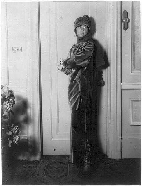 Photo: Mme Paul Poiret,Denise Boulet,1913,modeling clothing 1