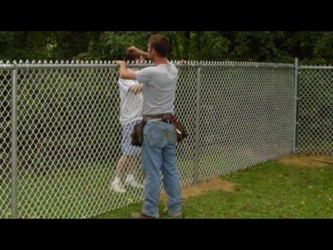 How To Install Chain Link Fence Propriety Of Techniques And Materials Used In Chain Link Chain Link Fence Installation Chain Link Fence Chain Link Fence Parts