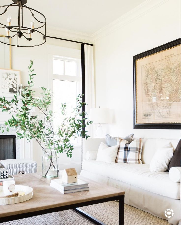 Ethan Allen Townhouse Coffee Table: How To Style Your Coffee Table, According To Nate Berkus
