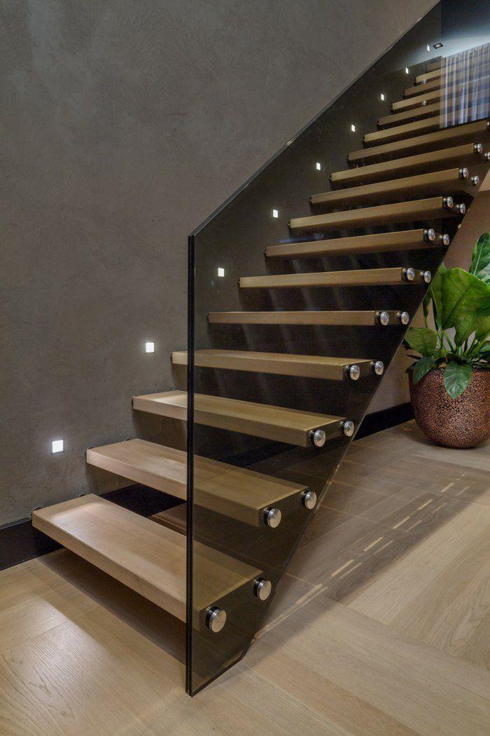 Beleuchtung Treppenhaus Lässt Treppe Unglaublich Schön Erscheinen