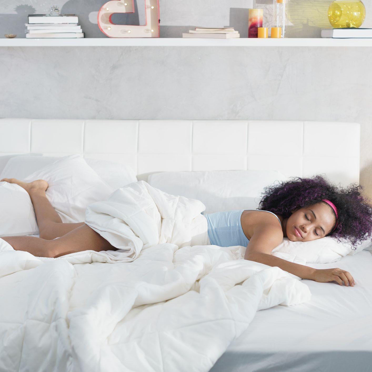 An Alaska King Bed Is Even Bigger Than a California King