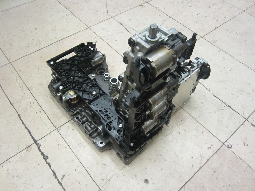 This for audi A5 S5 transmission valve body in very good