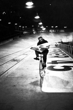"""""""Les 6 jours de Paris,"""" vélodrome, Paris, France"""