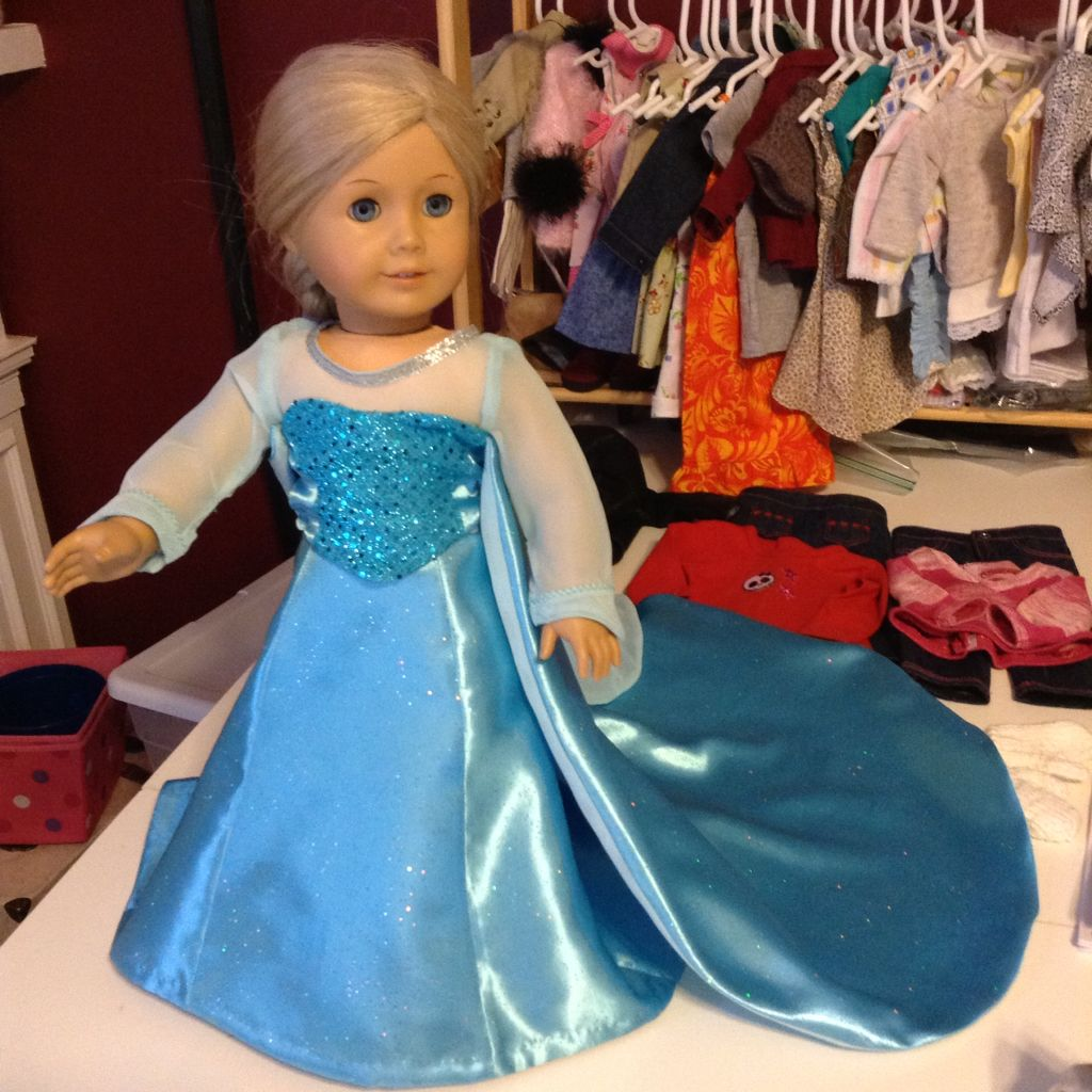 Ice queen gown. 2 pieces $30