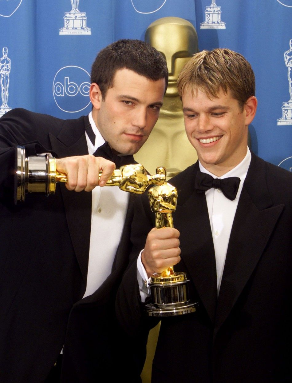 Matt Damon Co Wrote With Friend And Actor Ben Affleck For Good Will Hunting 1997 The Pair Won The Academ Matt Damon Ben Affleck Matt Damon Good Will Hunting