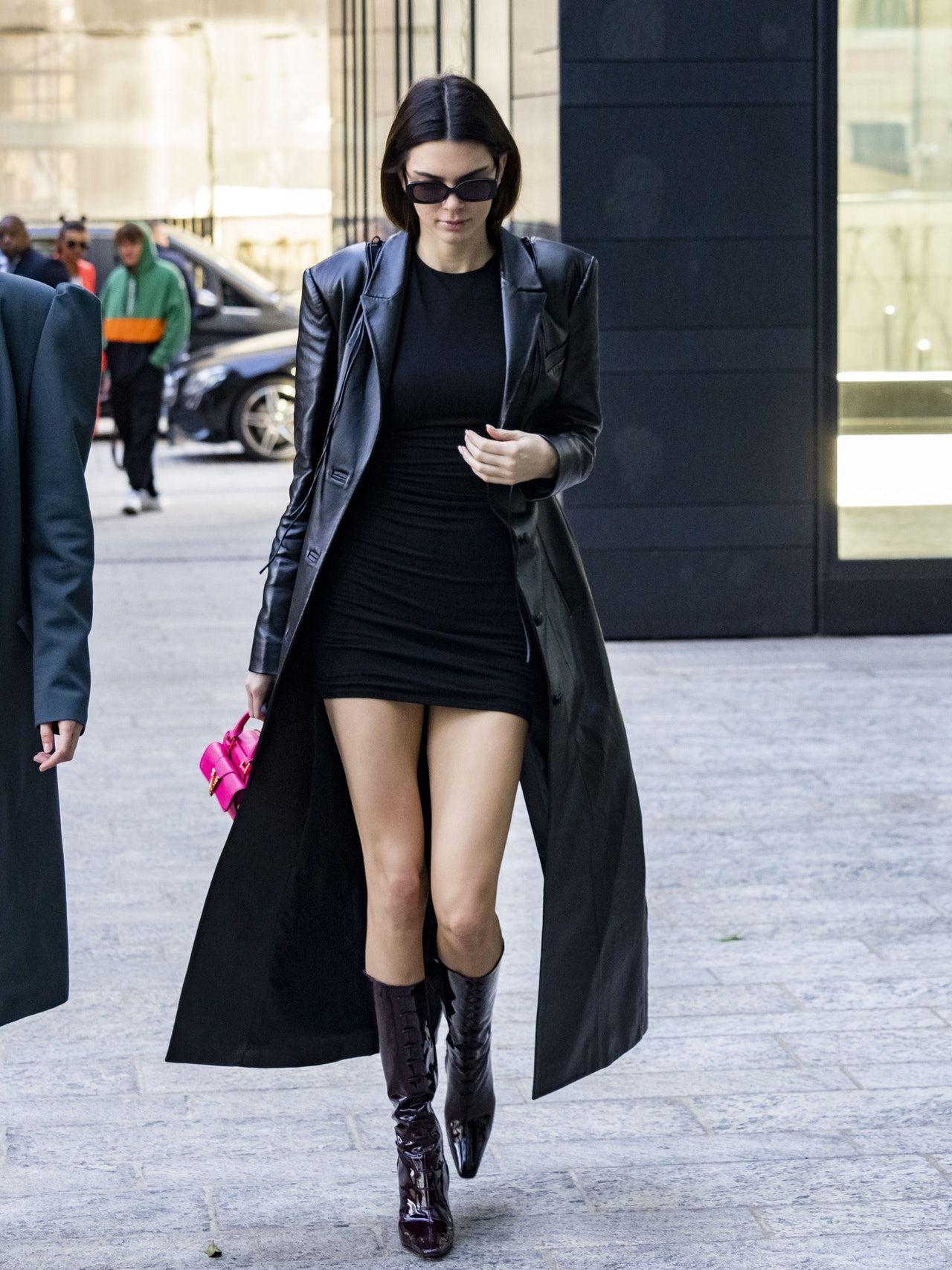 You Ll Never Believe Where Kendall Jenner Got Her Little Black Dress Kendall Jenner Street Style Milan Fashion Week Street Style Fashion Week Street Style [ 1707 x 1280 Pixel ]