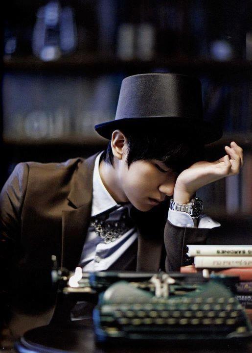 K Pop Idols In Suits Inactive Photo Pop Idol Kpop Idol Kpop