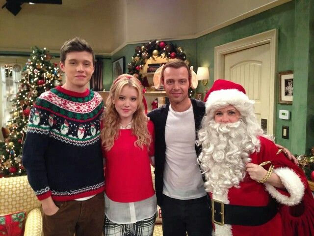 Joey Lawrence Nick Robinson Melissa J Hart And Taylor Spreitler Behind The Scenes Melissa And Joey Nick Robinson Joey Lawrence Melissa Joey