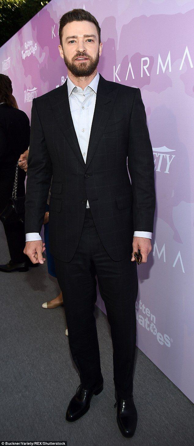Mimosa Time Justin Timberlake 35 Looked Extraordinarily Dapper On Saturday When He Attended Variety S Brunch Celebrating Suits Justin Timberlake Black Suits