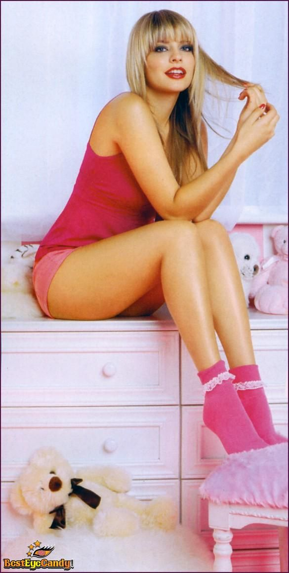 Holly Willoughby | ♥ Leg Show ♥ | Pinterest