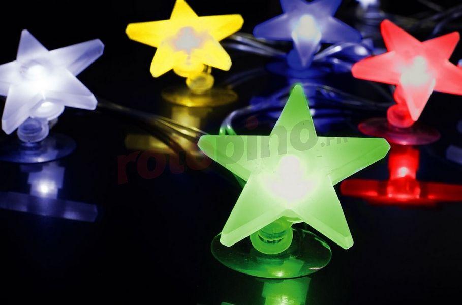 Lumières de fenêtre - étoiles en couleur LED http://www.rotopino.fr/lumieres-de-fenetre-etoiles-en-couleur-led-bulinex-10-20112lch,46417 #lumieresdenoel #noel #decoration #rotopino