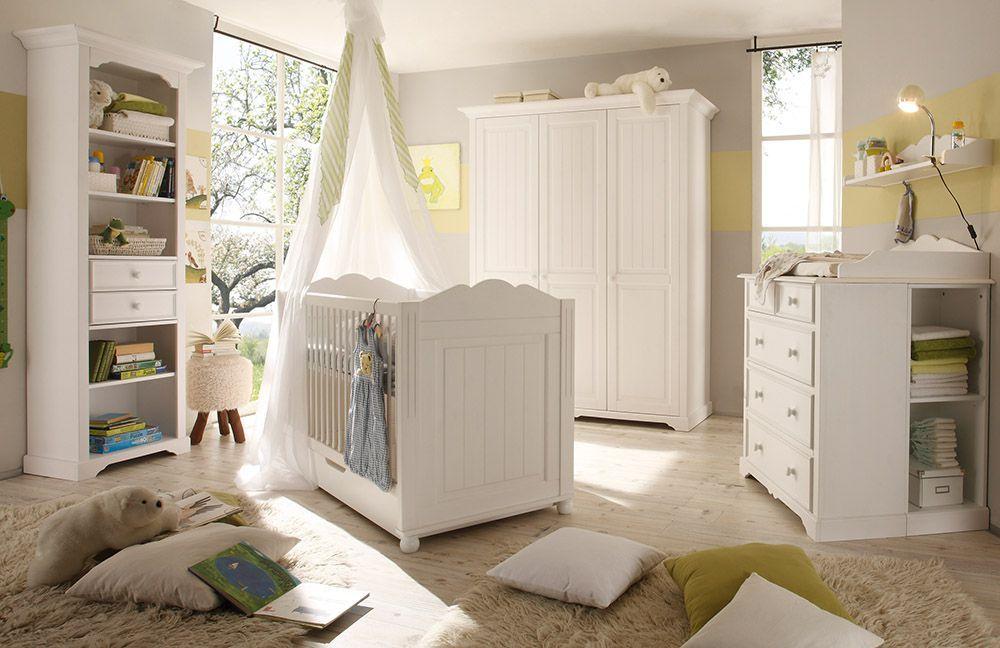 in sanften Formen und schlicht in Weiß | Country & Cottage ...
