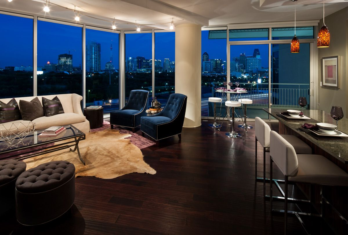 View of dallas at night dallas lofts in 2019 renting - One bedroom apartments in dallas tx ...