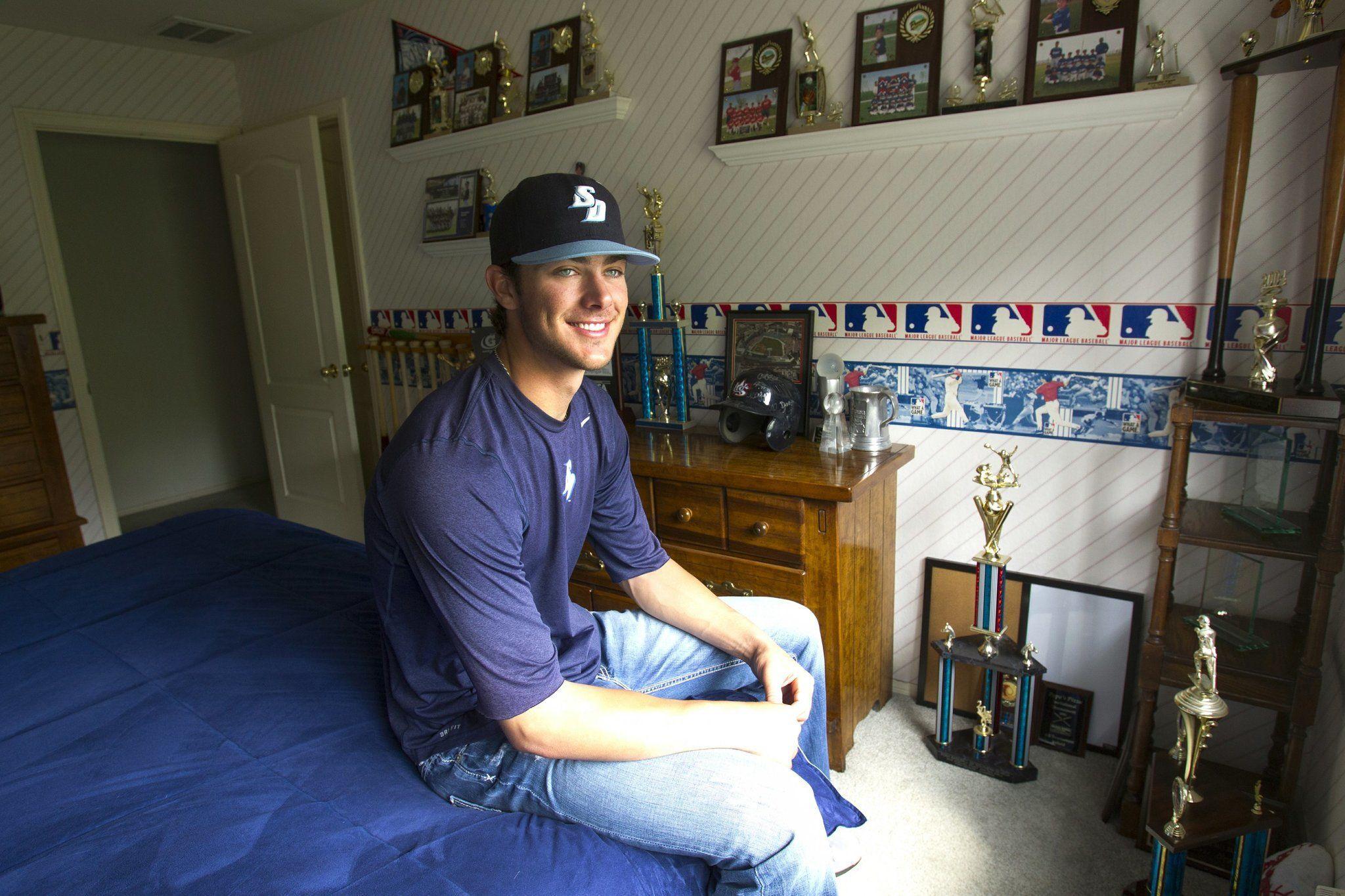Pin by emily loves baseball on kris bryant ️ Kris bryant