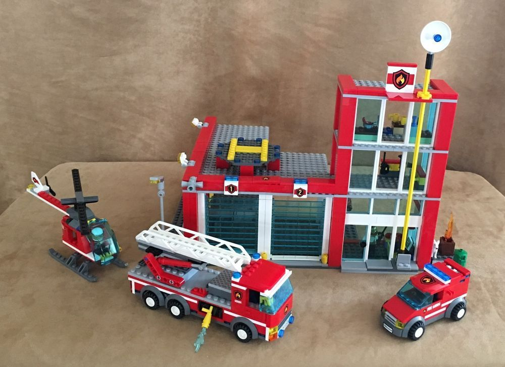 60004 Lego Complete Fire Station City Emergency Truck Helicopter
